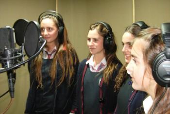 El Evangelio en radioteatro